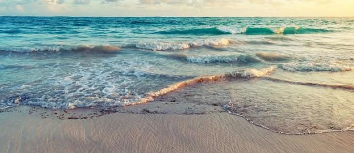 Morar perto do mar melhora saúde mental, diz estudo