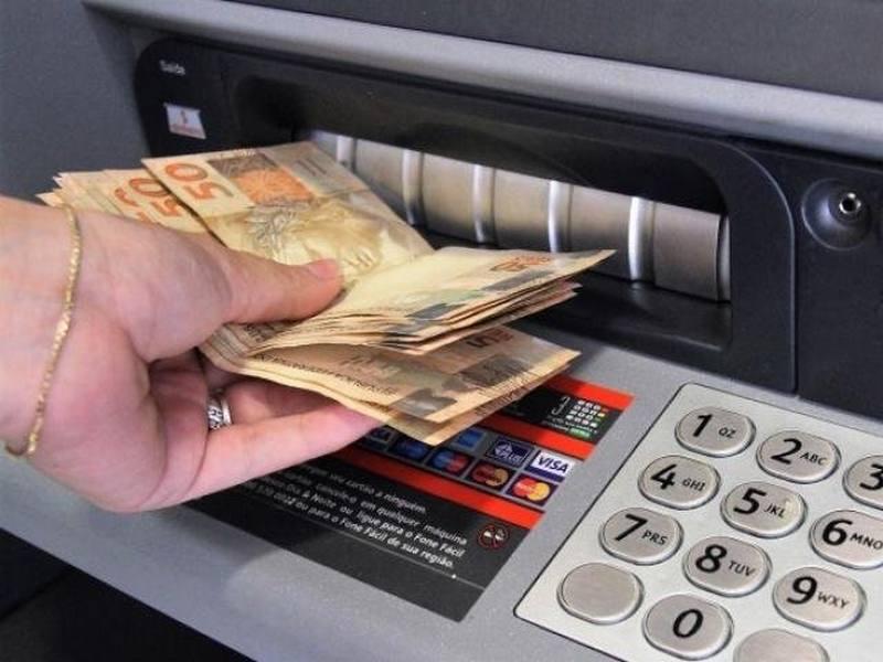 Como funciona o saque do limite do cartão de crédito