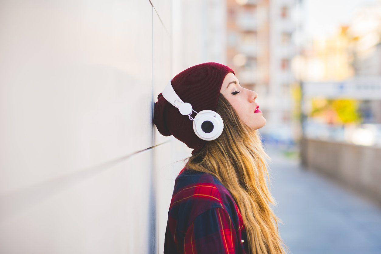 Baixe aplicativos de música gospel e ouça louvores