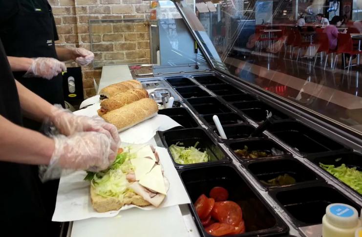 Supremo Tribunal Irlandês decide que pão da Subway tem muito açúcar para ser chamado de 'pão'