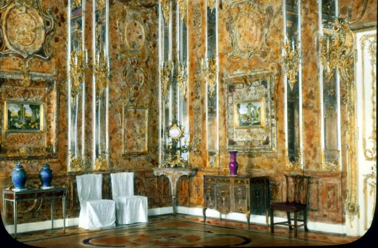Naufrágio nazista pode conter tesouros saqueados da 'Sala Âmbar' do palácio russo