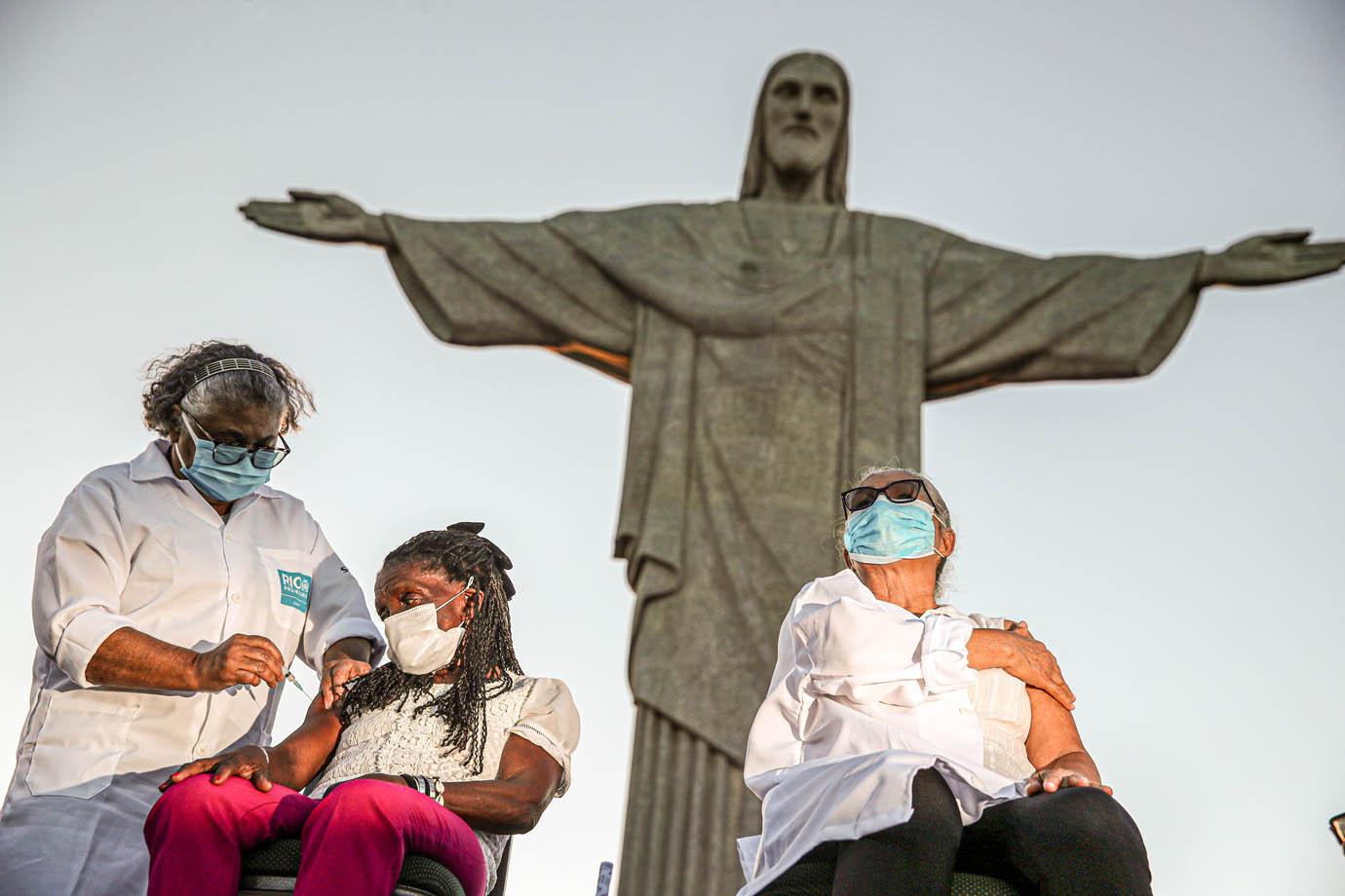 Conheça os pontos turísticos que viraram centros de vacinação