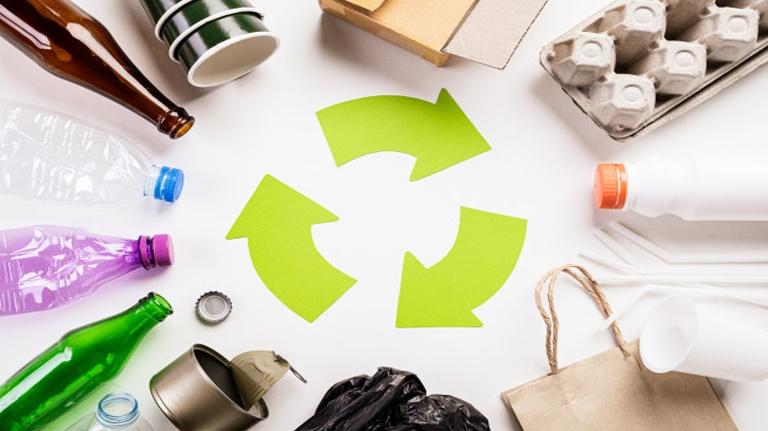 Descubra como é possível fazer papel com itens que tem em casa