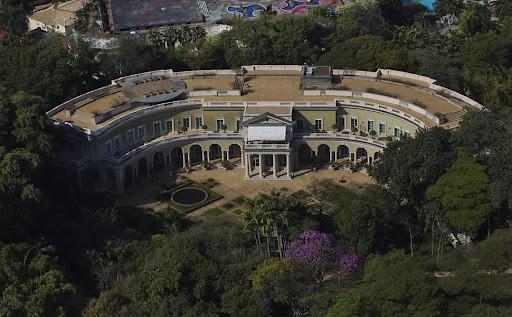 Confira as 8 casas mais caras e luxuosas do Brasil